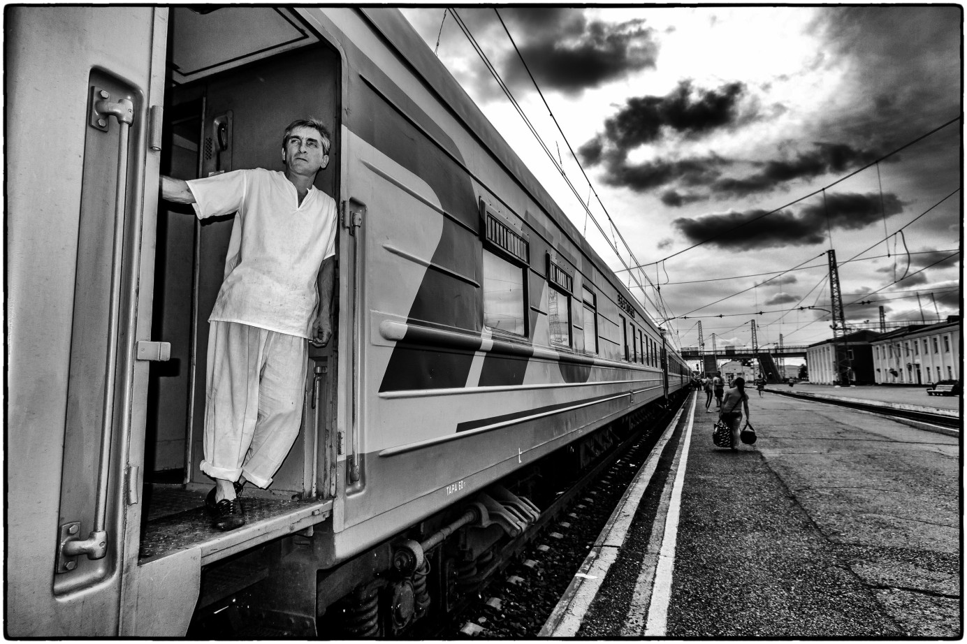 Chef at the Trans-Siberian rail wail, between Moscow and Khabarovsk. CC 2.0 photo by Leidolv Magelssen.